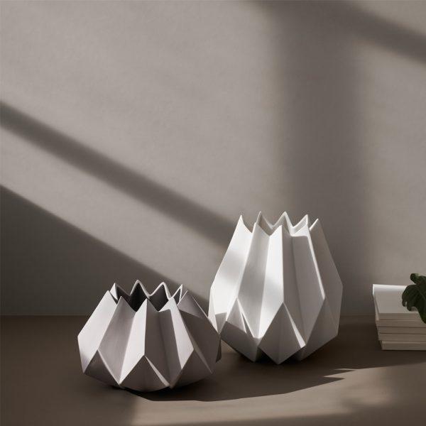 folded vaser