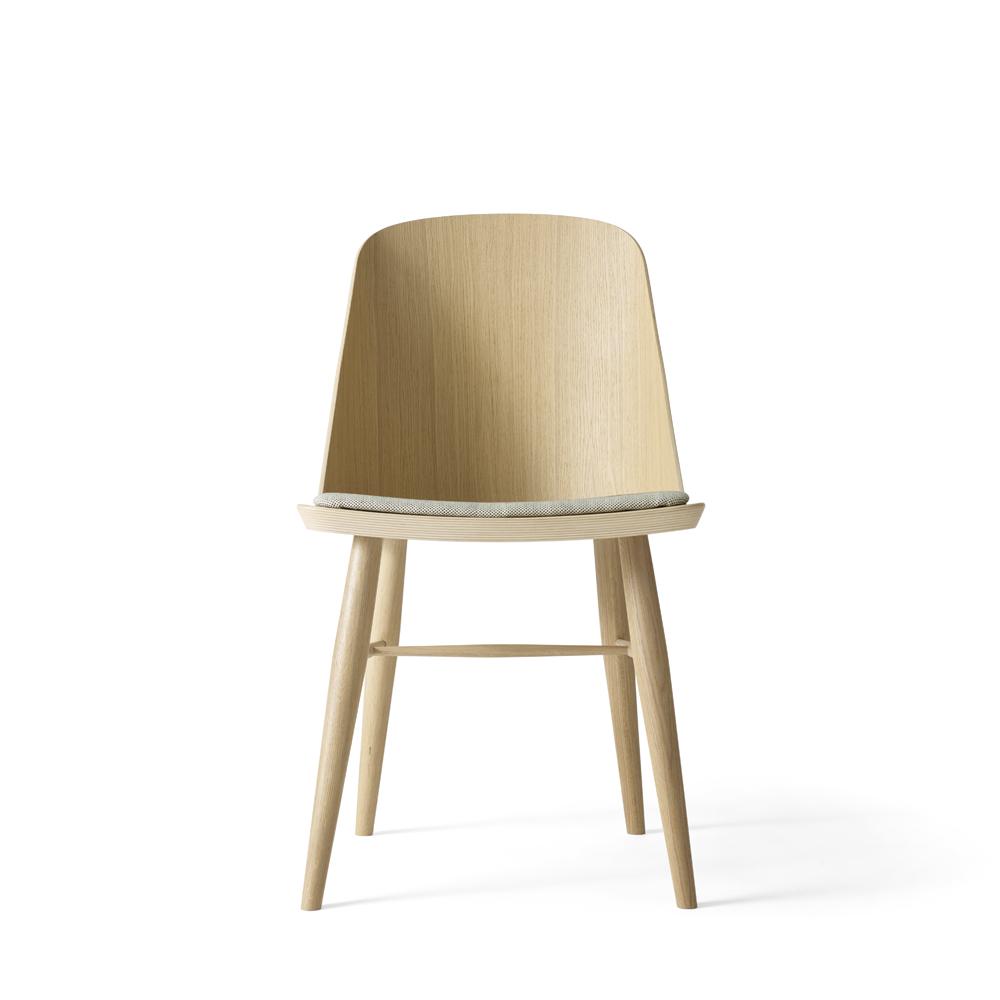 Menu, Synnes dining chair - Lys eg
