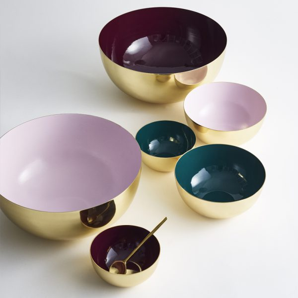 louise-roe-bowls-red-green