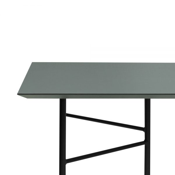 green-table-top-ferm
