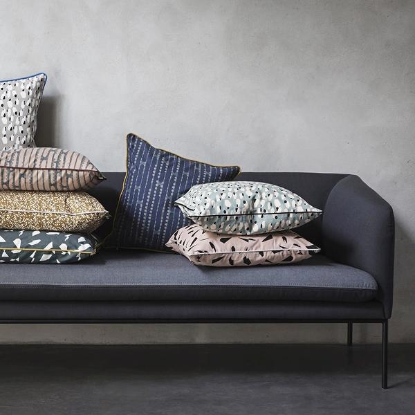 sofa dark
